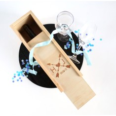 Personalised wedding couple wood wine box