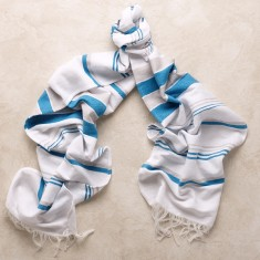 Mijas scarf in sky blue