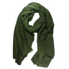 Moye cashmere stole in military green