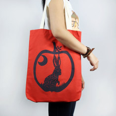 Apple rabbit tote bag