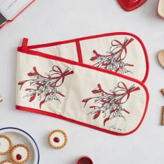 Mistletoe Oven Glove