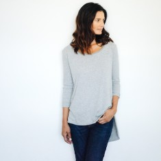 Tailed Tee in Grey Marle