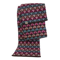 Tee-off merino scarf