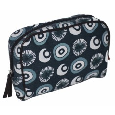 Tamelia Seed makeup bag