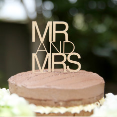 Wooden Mr and Mrs contemporary wedding cake topper