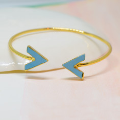 Turquoise arrow bangle