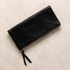 All occasions clutch in black