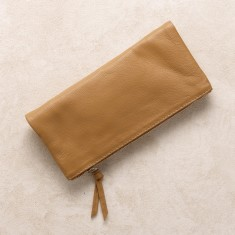 All occasions clutch in tan