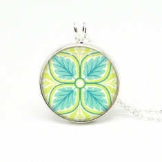 Yellow floral silver or antique chain necklace