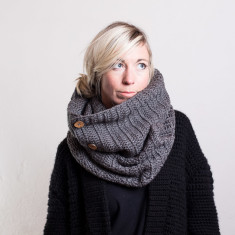 Chunky button infinity scarf
