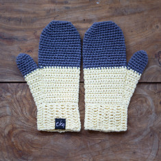 Organic cotton dip dye mittens (various colours)