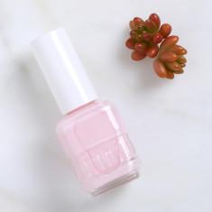 Nail polish in Iced Roses