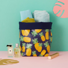 Piña storage bucket