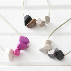 Ombre polygons eco-friendly wood necklace