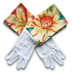 Protective cuff leather gardening gloves in Bahama Tigerlily