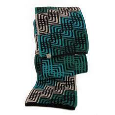Babbler wool scarf