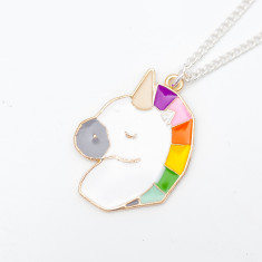 Chain necklace with gold rainbow unicorn