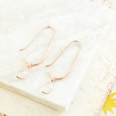 Pebble Hook Earrings With Morganite