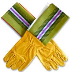 Men's protective cuff leather gardening gloves in wheatgrass