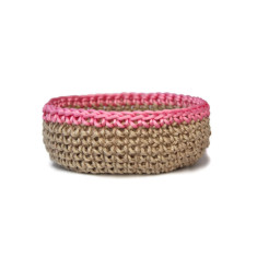 Jute bowl with pink trim