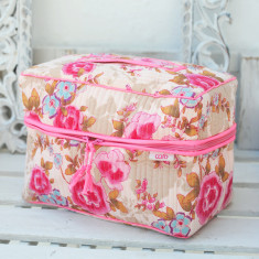 Vanity wash bag in pink beautiful print