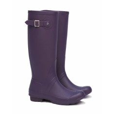 Riding boot in purple