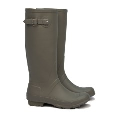 Riding taupe wellies