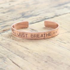 Just breathe bracelet (various metal colours)