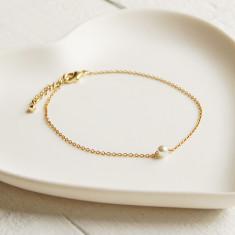 Delicate Gold Pearl Bracelet
