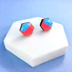 Hexagon free flow earrings - neon red and baby blue