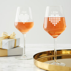 Personalised Pixel Heart Wine Glass Set