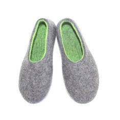 Womens Eco-Friendly Wool Slippers In Green