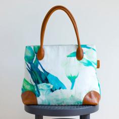 Lisianthus bag
