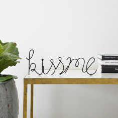 Kiss Me Wire Word
