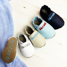 Personalised leather baby shoes