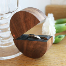 Walnut Wood And Copper Round Ring Box