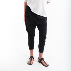 Three Quarter Cotton Zip Pant in Black