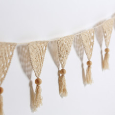 Crochet bunting in natural