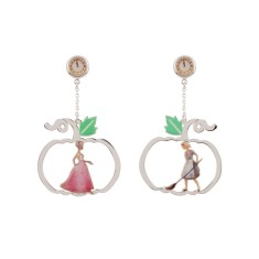 The Fairytale Meeting Earrings