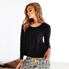 Snowflake top in black