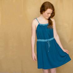 Girls' contrast dress in blue
