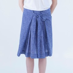 Wrap skirt in blue