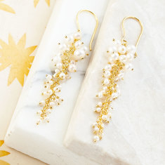 Sara cascade earrings with pearl