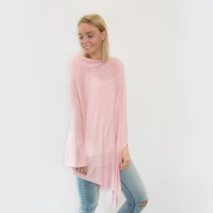 Bamboo poncho in blush
