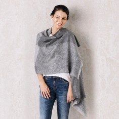 Buena Vista Wrap In Grey