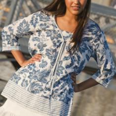 Sonya blouse