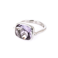 Royale with amethyst ring