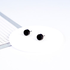 Mini Acrylic circle studs - black