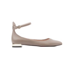 Chiara perfect pump in Taupe