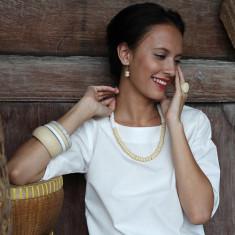 Sapa short resin necklace